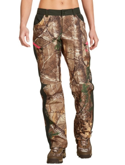 UA Speed Freak Women s Hunting Pants REALTREE CAMO 4211a387bb2c